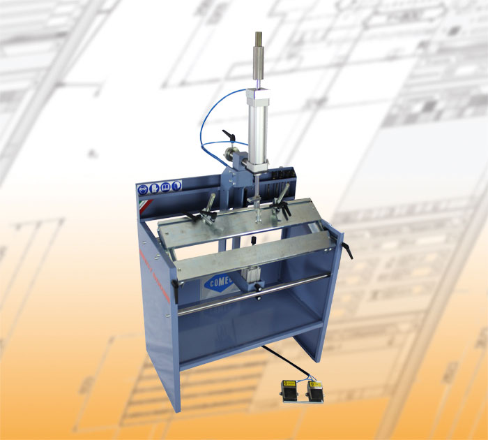 Comec cylinder head machines BST860 Cylinder head Work station